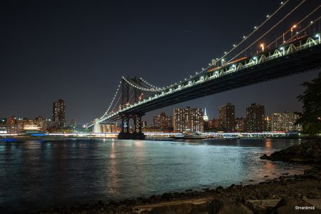 Manhattan bridge by night